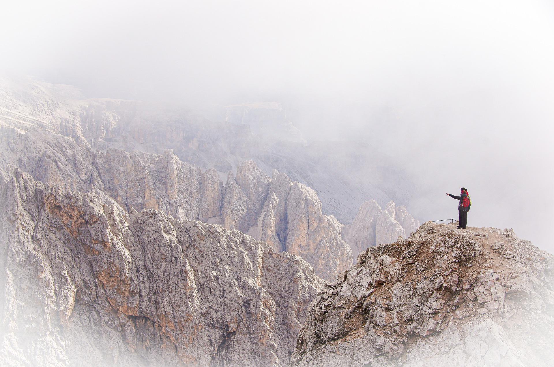 Ködös hegyek
